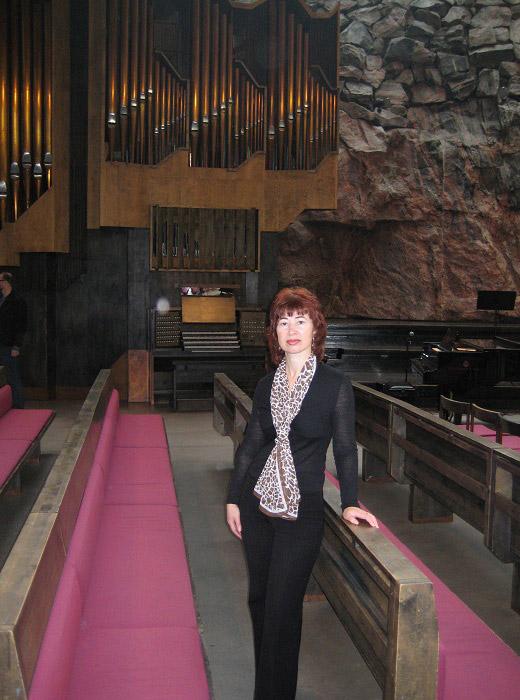 Посещение храма в скале