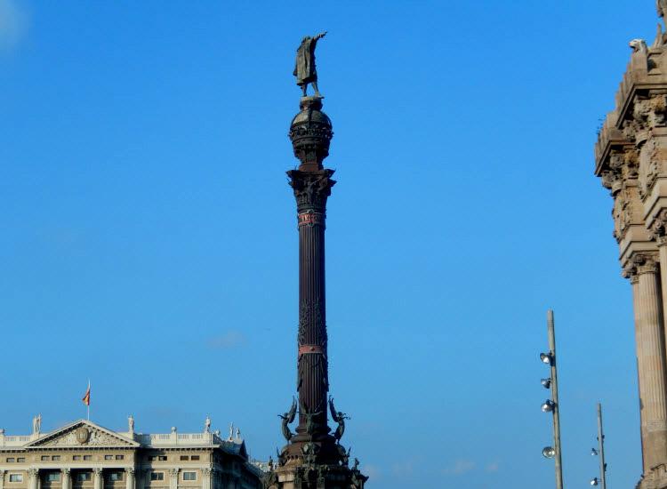 Барселона. Памятник Колумбу