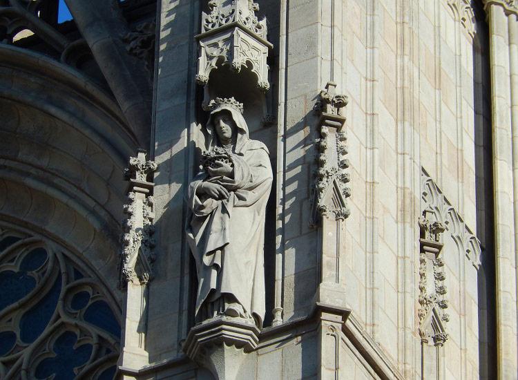 Скульптуры Кафедрального собора