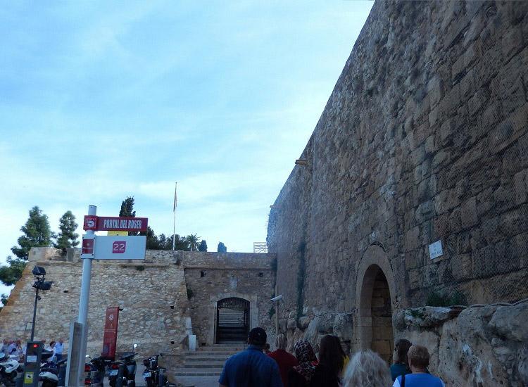 Стена - самый древний памятник Иберийского полуострова