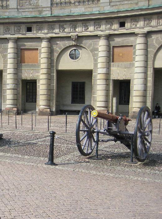 Старинное орудие Шведского королевства