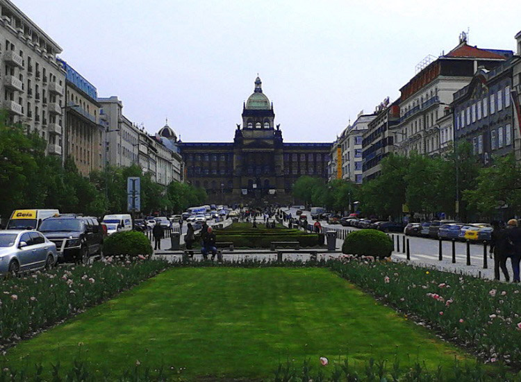 Вацлавская площадь. Вид на Вацлавак