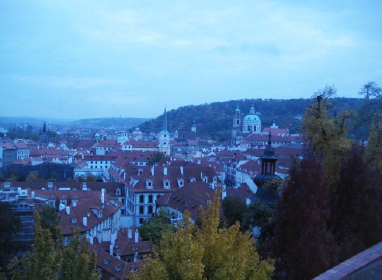Виды на Прагу от восточных ворот Пражского Града