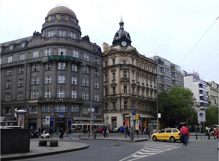 Дворцы Вацлавской площади