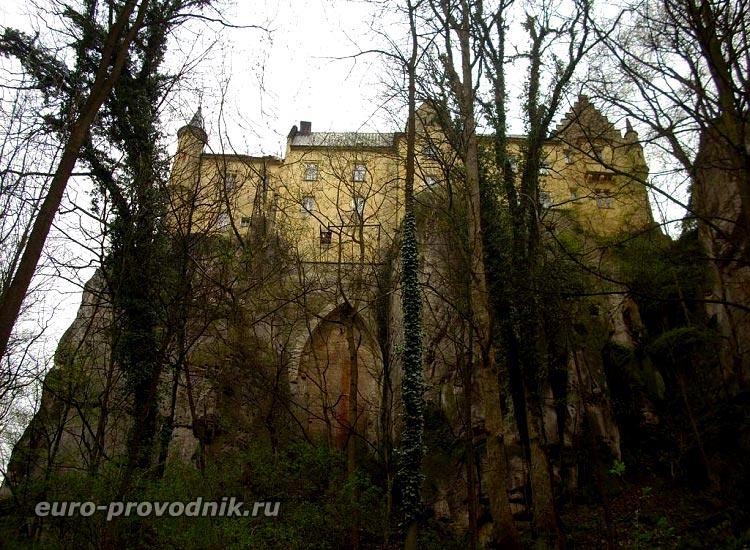 Груба Скала. Замок Вальдштейнов