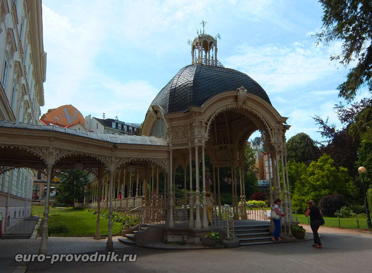 Ротонда Садовой колоннады