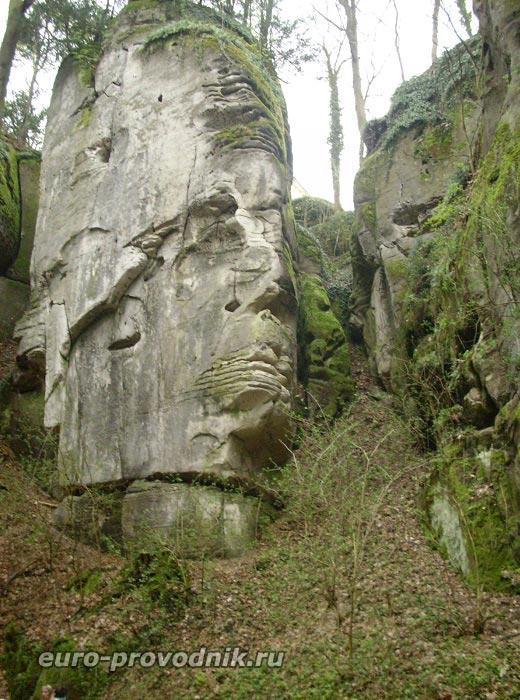 Груба Скала. Голова великана