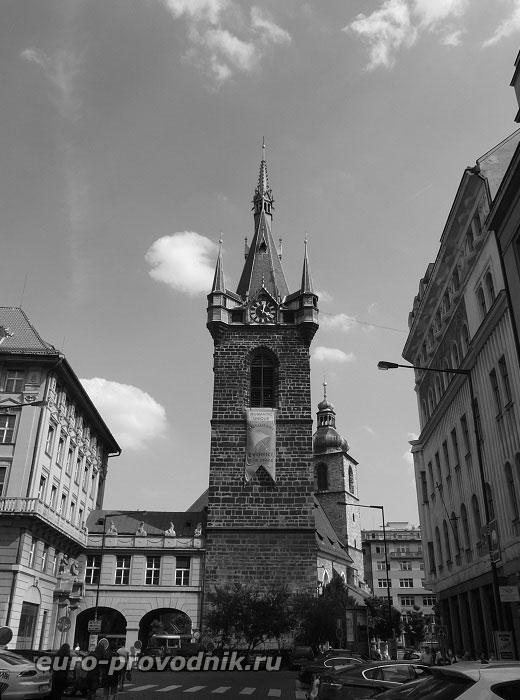 Йиндржишская башня, боковой ракурс