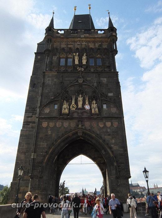 Мостовая башня со стороны Старого Места