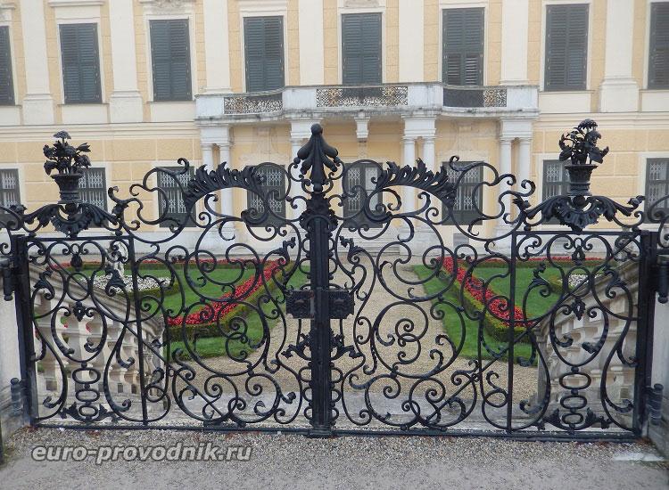 Ажурные миниатюрные ворота
