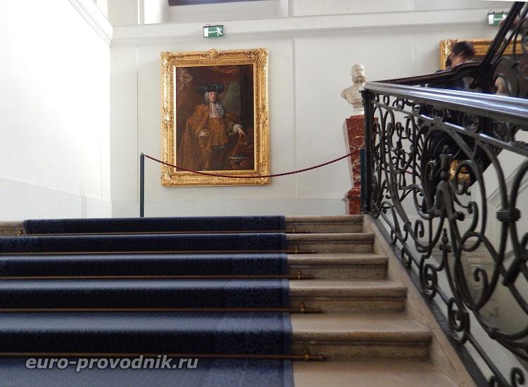Начало экскурсии по дворцу Шенбрунн