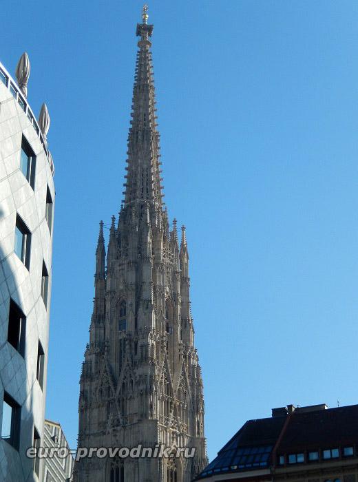 Готическая башня собора Святого Стефана