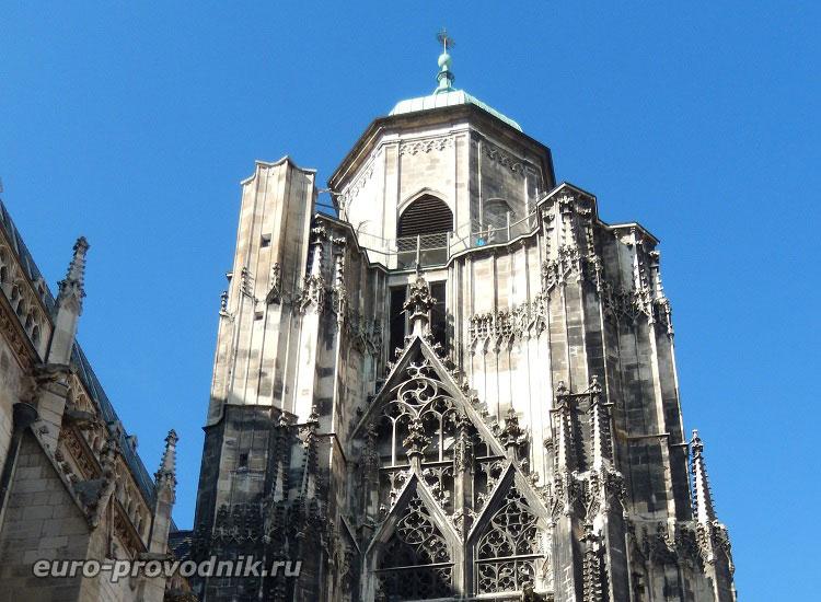 Северная башня собора Св. Стефана