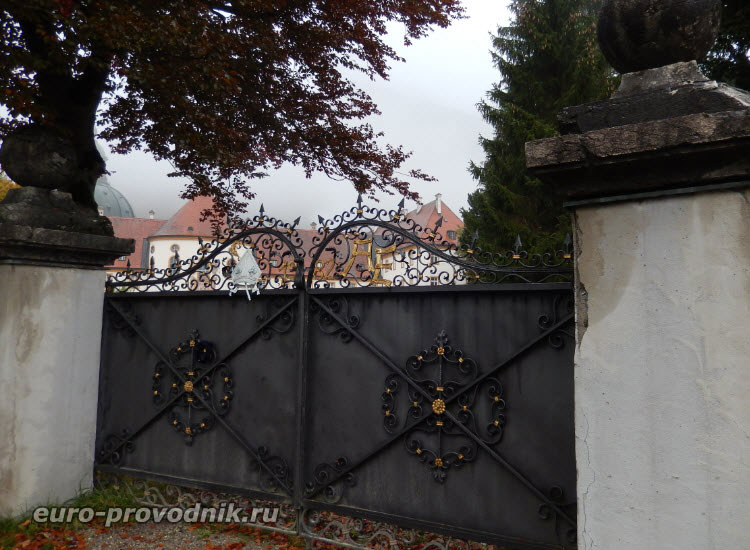 Ворота монастыря Этталь