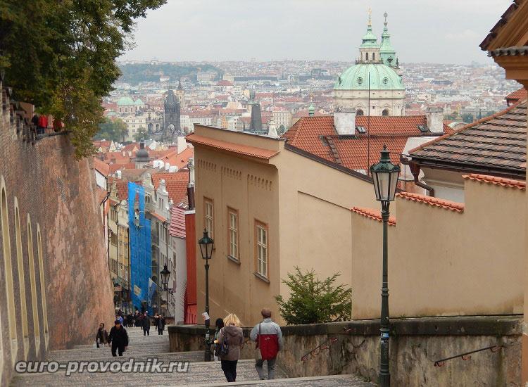 Вид с Замковой лестницы