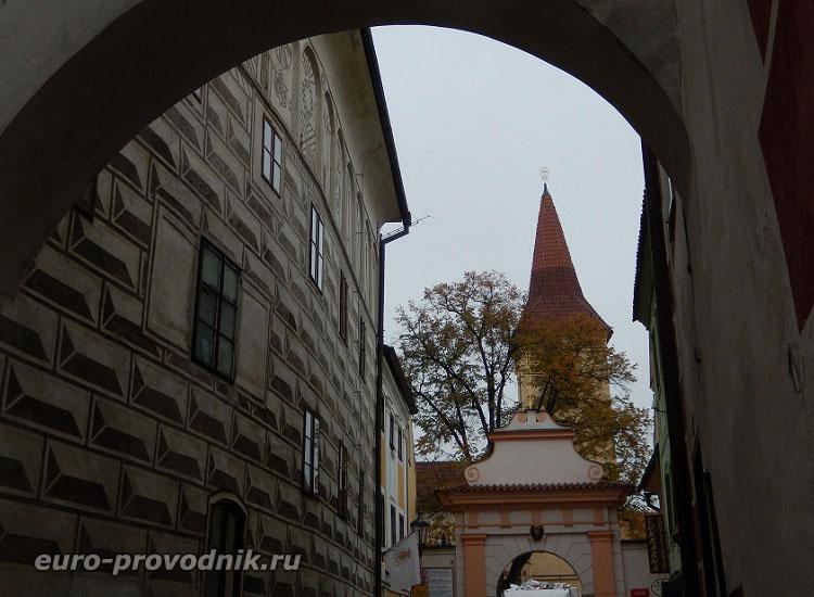 Башня монастыря крестоносцев