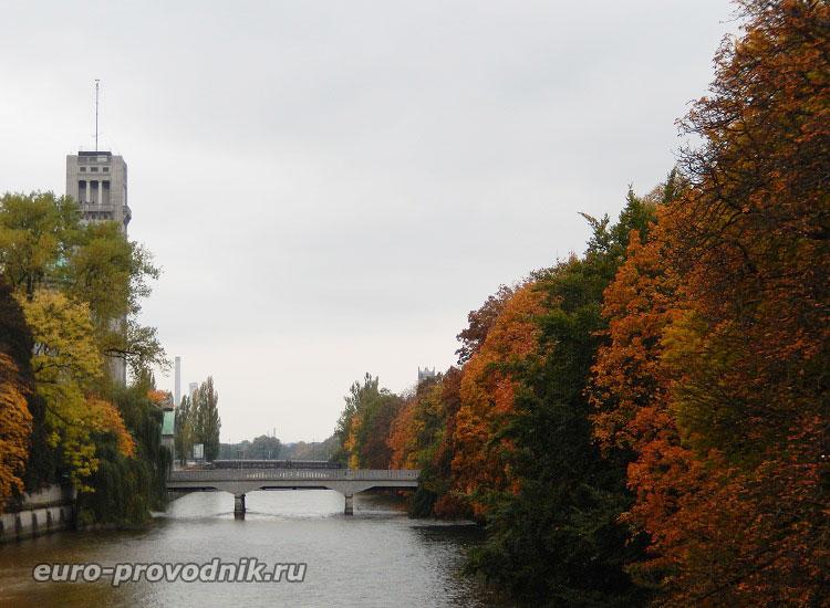 Мюнхен. Река Изар