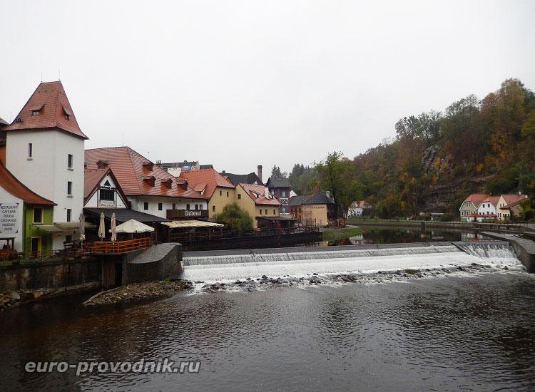 Вид на Старе Место и пороги Влтавы