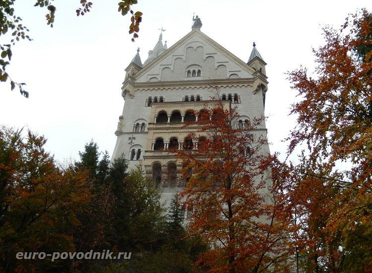 Замок, охраняемый рыцарем Лоэнгрином