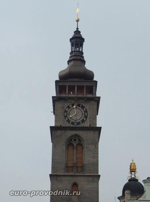 Градец Кралове. Белая башня