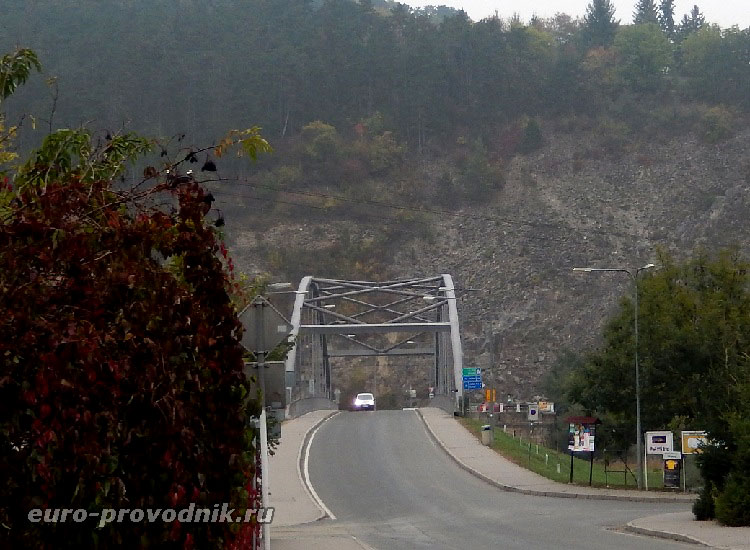 Мост через Бероунку