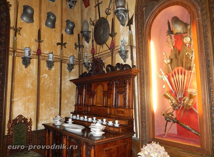 Интерьер столовой замка