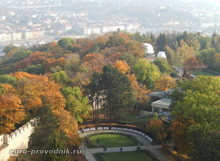 Вид на обсерваторию с Петршинской башни