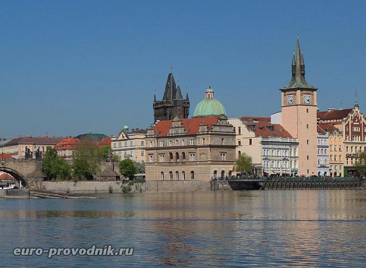 Достопримечательности Праги у Карлова моста