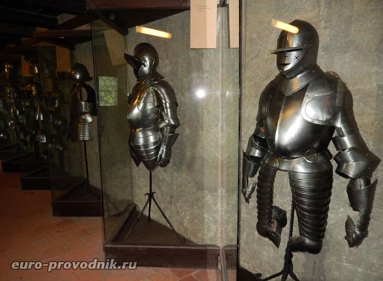 Галерея рыцарских доспехов
