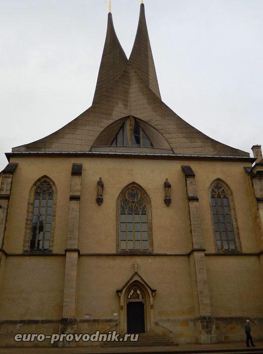 Костел монастыря на Словенах