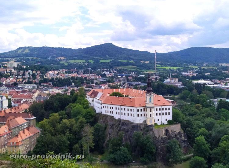 Дечин и замок