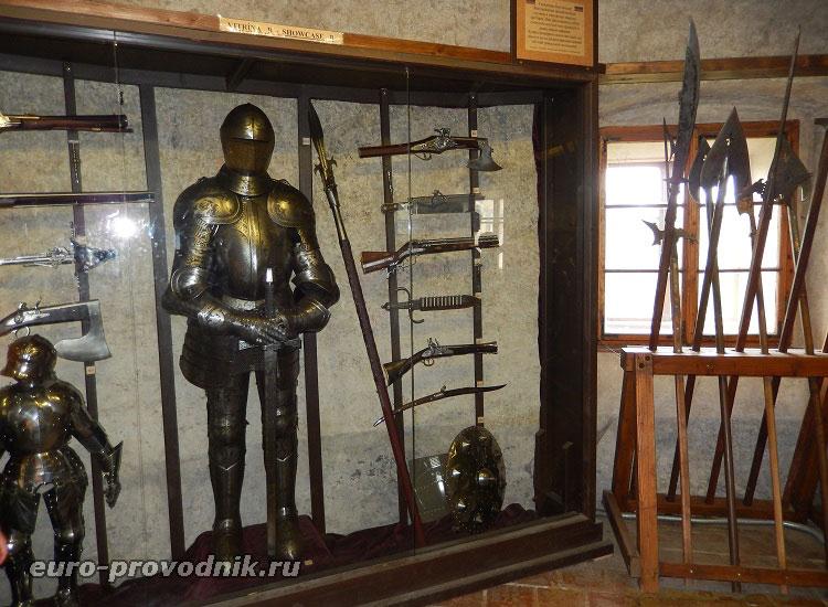 Выставка рыцарских доспехов