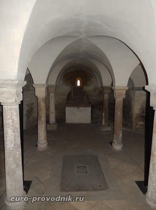 Крипта базилики
