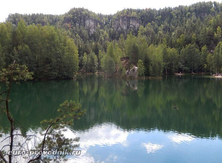 Озеро Адршпаха