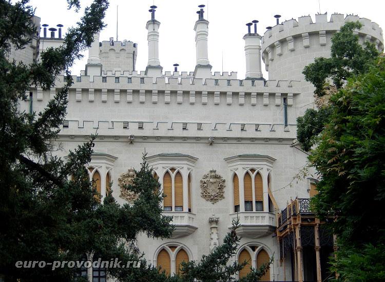 Вид на замок с юго-восточной стороны