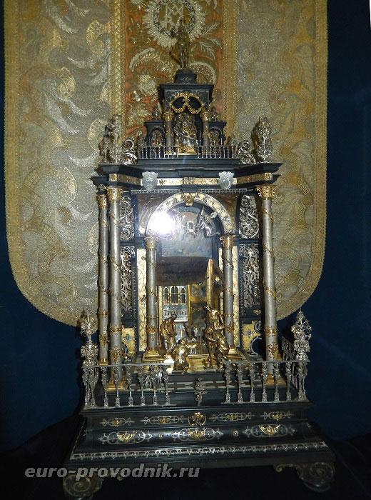 Домашний алтарь Катерины Бенигны