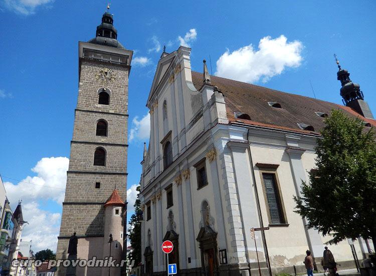 Черная башня и собор