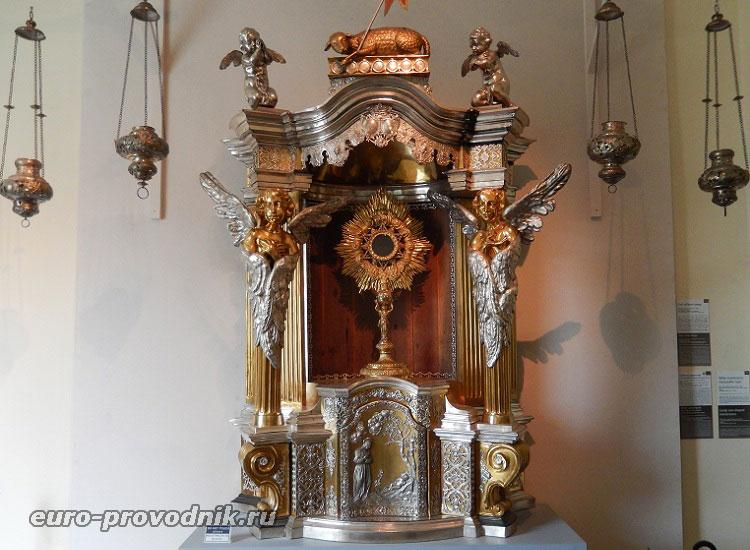 Коллекция литургических предметов