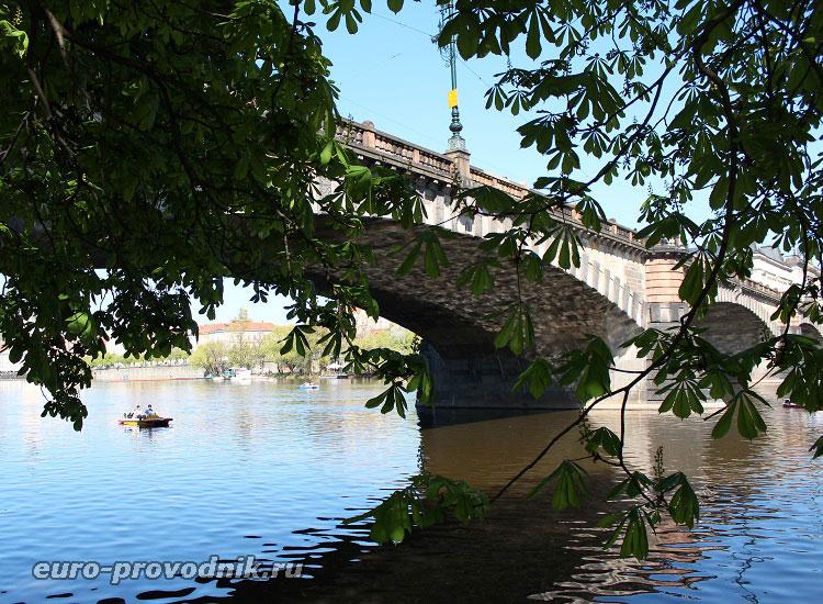 Мост Легии со стороны острова