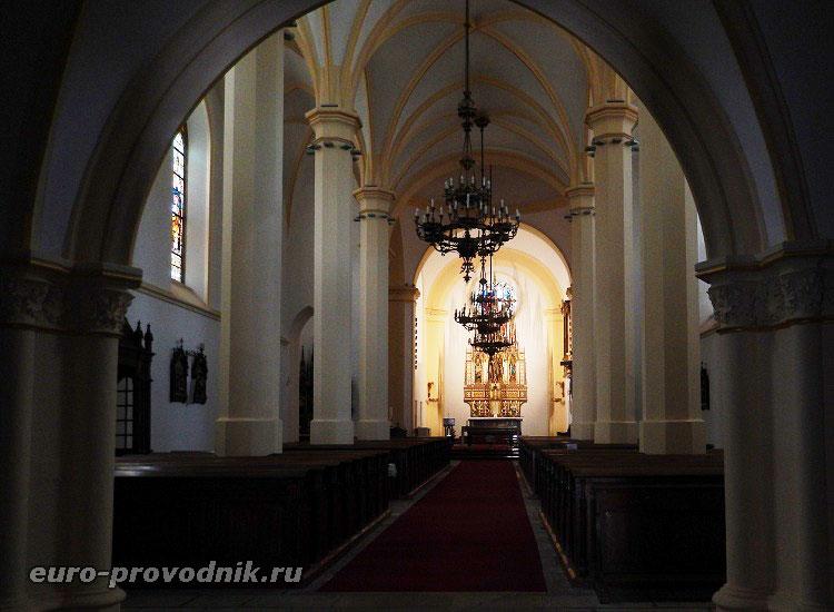 В костеле Св. Антония