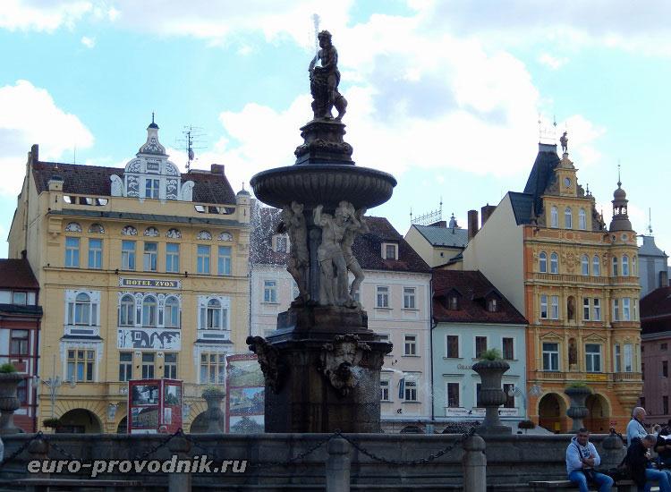 Архитектура площади