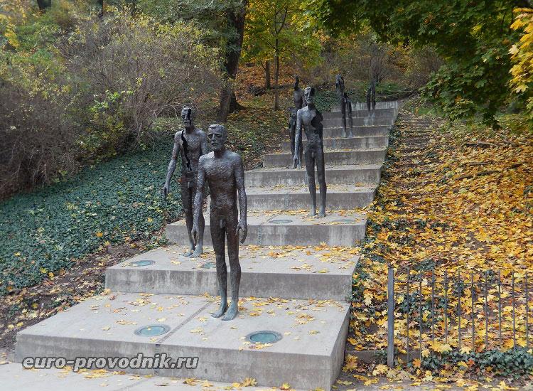 Памятник жертвам коммунистического режима