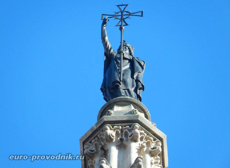 Вершина центральной башни собора