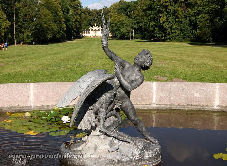 Центральный фонтан парка