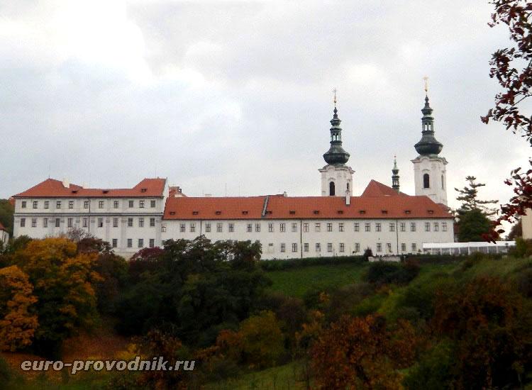 Страговский монастырь