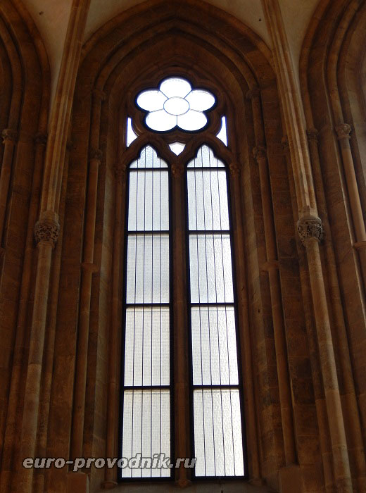 Окно в костеле