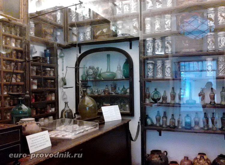 Аптека при монастыре