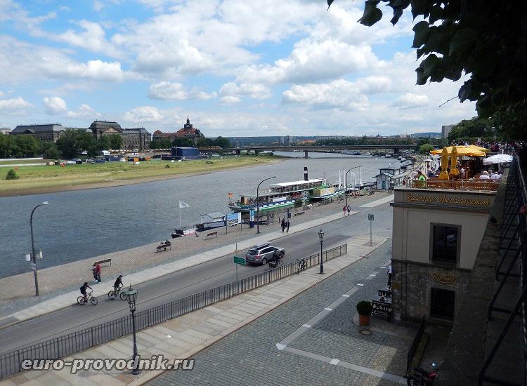 Набережная в Дрездене