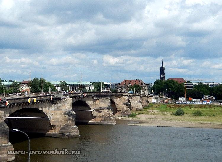 Вид на Нойштадт в Дрездене
