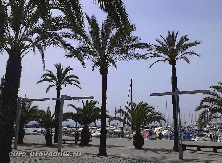 Яхтенный порт Алькудия